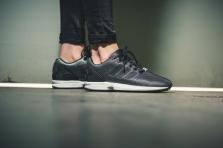 Adidas Flux Torsion S32276 ZX FLU Fekete-ezüst férfi utcai cipő